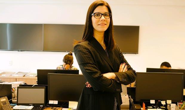 Marcela: serviço é ideal para quem é leigo e tem dificuldade de resolver as questões  (Luiz Fernando/divulgação )