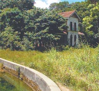 Construção que data de 1842 abrigou engenheiros responsáveis pelo manancial (HELDER TAVARES/ESPECIAL PARA O DP)